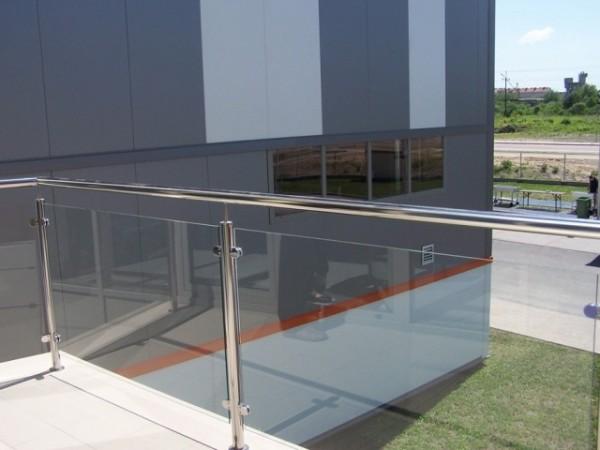 Budynek-hali-produkcyjnej-z-czci-biurow-10