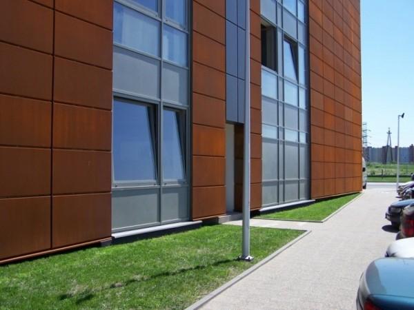 Budynek-hali-produkcyjnej-z-czci-biurow-5